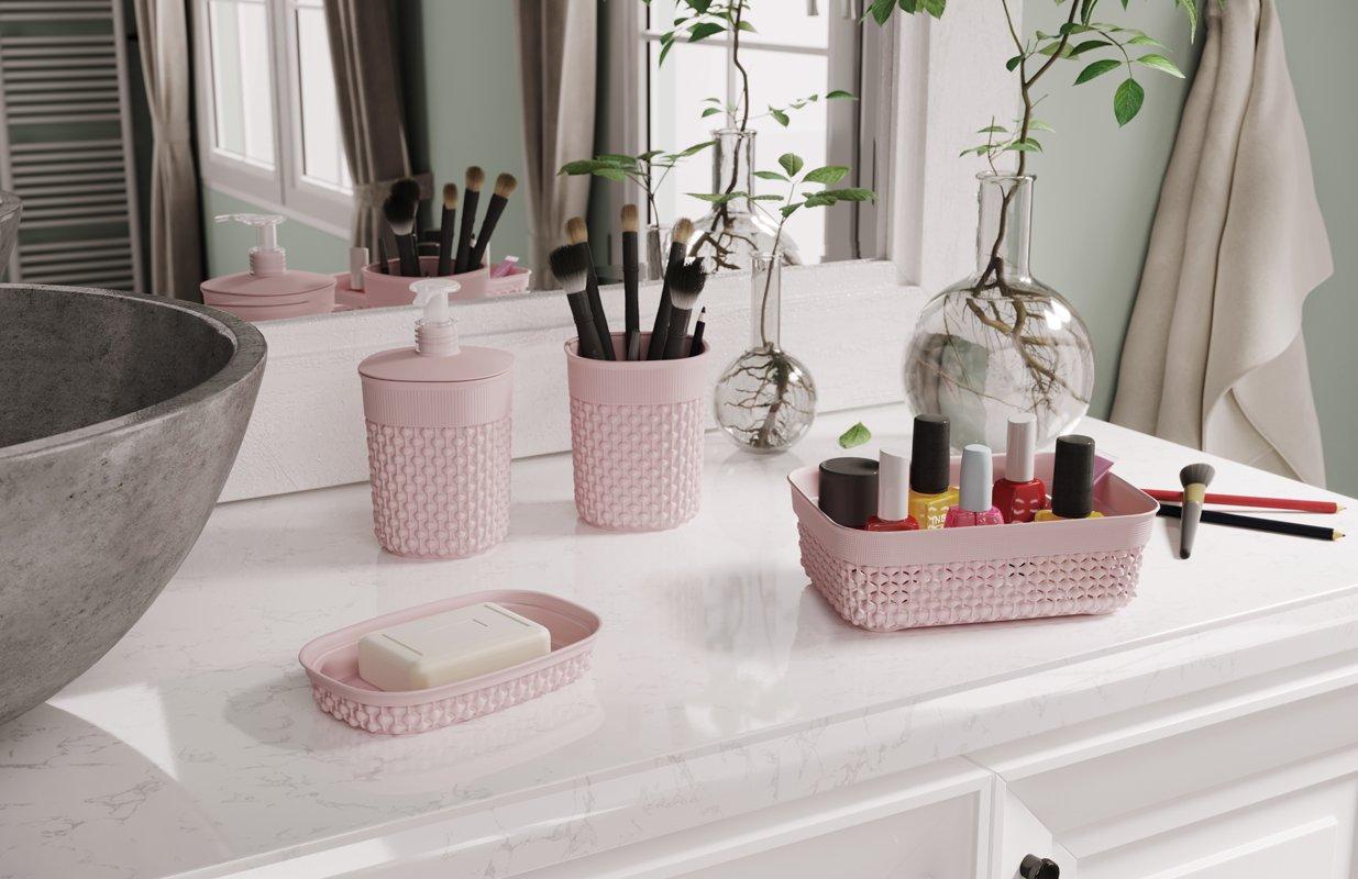 Sumérgete en el arte de organizar tu baño